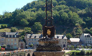 Croix du Pont d'Estaing