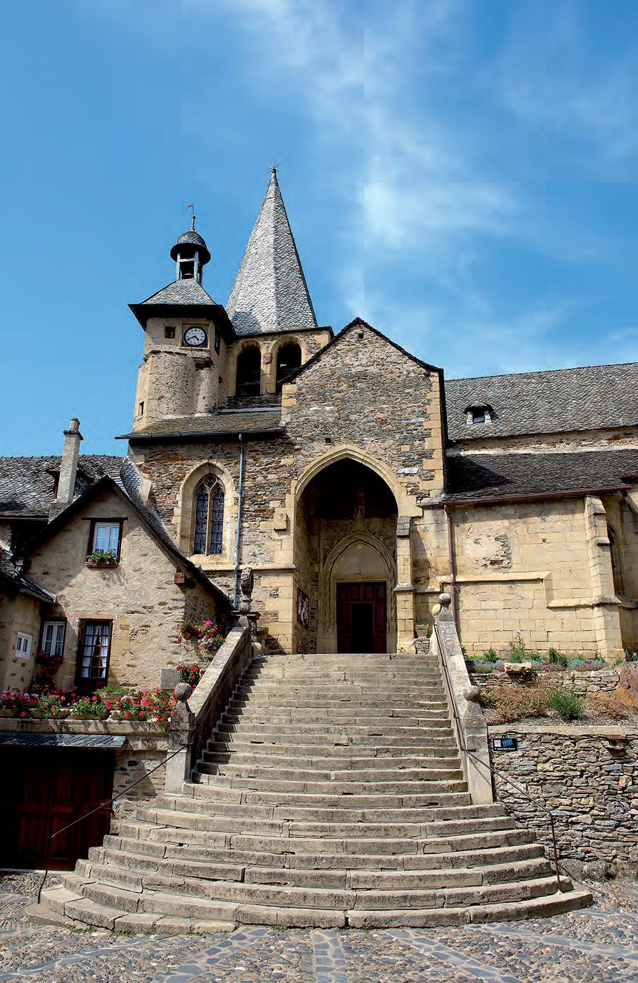 http://www.st-jacques-aveyron.com/ititour/objects/media/photo/images/pdv11_j19_grand-patrimoine-religieux_1.jpg